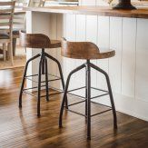Universal Furniture Great Rooms Adjustable Height Potters Stool - Hickory Stick