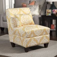 Features:  -Sunshine collection.  -Beautiful trend right color for the home.  -Fresh yellow background with creamy white large damask pattern.  -Fabric has linen-like appearance with a brushed type so