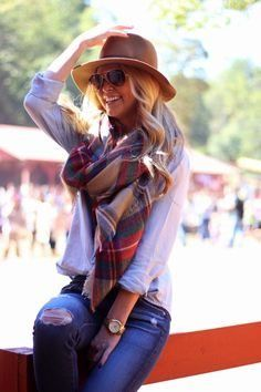 55 fall outfit styles for women for 2015 http://www.thesterlingsilver.com/product/ray-ban-women-mod-4101-sunglasses-brown-gradient-lilac-brown-gradient-lilac-size-58/