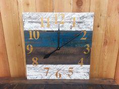 large reclaimed pallet wood clock