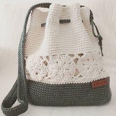 I Found These Elegant Crochet Bags . I Crochetbag - Crochet Tutorial - Best Knitting Crochet Backpack, Crochet Tote, Crochet Handbags, Crochet Purses, Crochet Stitches, Knit Crochet, Crochet Patterns, Crochet Beach Bags, Drawstring Bag Diy