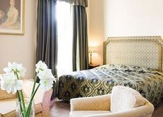Dublin family hotels: Only the best places to stay with kids in the friendly town of Dublin! Check out these hotels and holiday apartments. Holiday Apartments, Dublin, Ariel, The Good Place, Hotels, Bed, House, Furniture, Home Decor