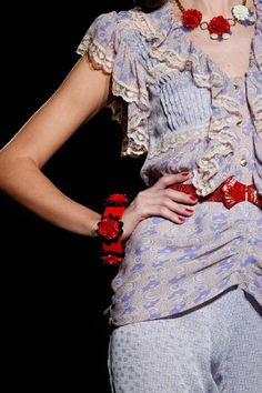 See detail photos for Anna Sui Spring 2012 Ready-to-Wear collection.