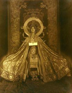 Ruth St. Denis in Theodora. (1924.)