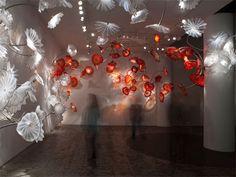 Beautiful art glass sculptures!   Chihuly 2010 @ Marlborough Gallery - Eloge de l'Art par Alain Truong