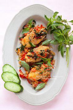 Fried Fish With lemon basil | Ira rodriguez