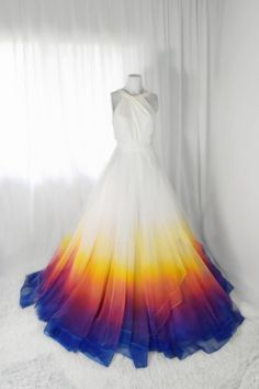 Bridal Gowns Colored by Taylor Ann Art - Gallery Pretty Prom Dresses, Ball Dresses, Homecoming Dresses, Cute Dresses, Beautiful Dresses, Ball Gowns, Evening Dresses, Girls Dresses, Tulle Prom Dress