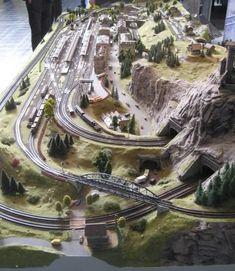 diorama ideas N gauge report Intermodellbau Dortmund April - many pics N Scale Train Layout, Ho Train Layouts, N Scale Model Trains, Scale Models, Train Ho, Escala Ho, Train Miniature, Model Railway Track Plans, Ho Trains