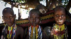 * Erbore girls - Ethiopia  _ Steven Goethals *