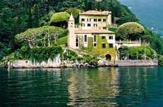 "This ultra-luxe Italian mansion is situated on Lake Como and is a place for George Clooney and his friends to ""unwind"". Why yes, we believe we could unwind here. Italian Mansion, Italian Villa, Dream Vacations, Vacation Spots, Italy Vacation, Italy Travel, Lac Como, Oh The Places You'll Go, Places To Travel"