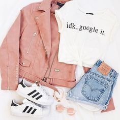 cute outfits with leggings and jordans Teenage Girl Outfits, Cute Outfits For School, Cute Casual Outfits, Teen Fashion Outfits, Sporty Outfits, Mode Outfits, Cute Fashion, Outfits For Teens, Stylish Outfits