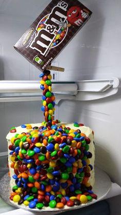 best Ideas for birthday cake for husband easy - birthday Cake White Ideen Birthday Cake For Husband, Special Birthday Cakes, Birthday Cupcakes, Boy Birthday, Birthday Cakes For Boys, Husband Cake, Chocolates, Anti Gravity Cake, Birthday Cake Decorating