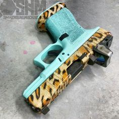 Last one. Tiffany blue and leopard print CCW Glock 19 for @radiooooooo. #SnakeHoundMachine @noequarter @wickedweaponry @ateiguns #DreamTeam