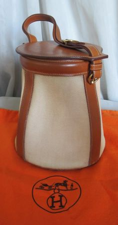 2f4c15199cb1 Vintage Limited Edition Hermes Feedbag Bucket Bag Leather & Fabric w  Original Box and New Dust Bag