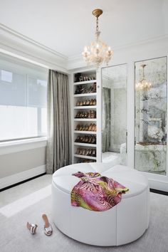 sophisticated  & feminine...LOVE the smoky, antiqued mirrors