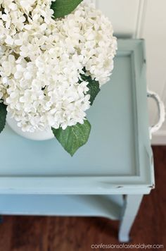 New Great Tips and DIY ideas for Furniture Makeover Diy Furniture Easy, Diy Furniture Projects, Recycled Furniture, Paint Furniture, Furniture Makeover, Diy Chalk Paint Recipe, End Table Makeover, Transforming Furniture, Thrift Store Crafts