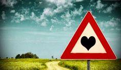 """Different vision: """"Nimic nu e un capat de drum sau de dragoste."""""""