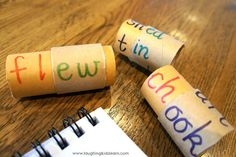 Word Rolls made from paper towel or toilet paper rolls. Great for teaching pronunciation, reading etc.....