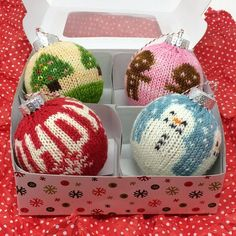 Picture yarn Christmas ornament kit