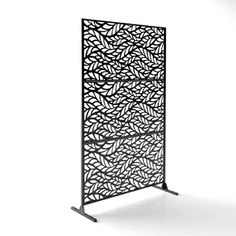 The intricate, geometric lattice design of the Veradek Parilla Outdoor Decorative Privacy Screen Panel is sure to make a statement in your backyard. Decorative Fence Panels, Metal Fence Panels, Garden Fence Panels, Metal Screen, Decorative Metal, Outdoor Screens, Privacy Screen Outdoor, Deck Privacy Screens, Outdoor Fencing