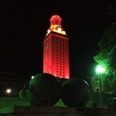 That burnt orange, baby! Hook 'em!