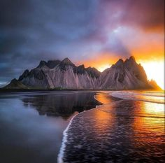 To walk in nature is to witness a thousand miracles. #Vestrahorn. Photo by @Nordic2Day