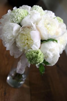 The Classic White Bouquet, but garden roses instead of peonies!