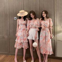 Ulzzang Fashion, Kpop Fashion Outfits, Korean Outfits, Korean Fashion, Girl Fashion, Fashion Dresses, Cute Casual Outfits, Pretty Outfits, Pretty Dresses