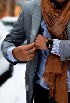 mens-scarf-with-blazer