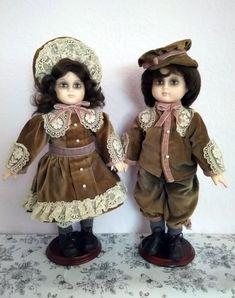 Porcelain dolls Wupper WEV german doll couple boy girl goth gothic elegant creepy cute