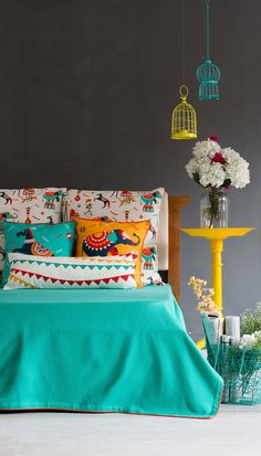 Shop Bed Covers & Bed Sheets Online for your Home - Chumbak Indian Bedroom Design, Indian Room Decor, Ethnic Home Decor, Living Room Decor, Bedroom Decor, House Paint Interior, Colourful Living Room, Beautiful Bedrooms, Bed Covers