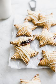 White Chocolate Blueberry Star Shaped Hand Pies