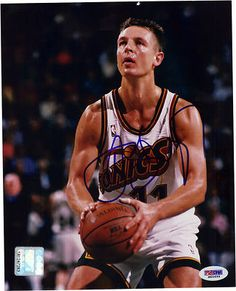 DETLEF SCHREMPF SIGNED 8X10 PHOTO WASHINGTON HUSKIES SEATTLE SONICS MAVS PSA. $39.95