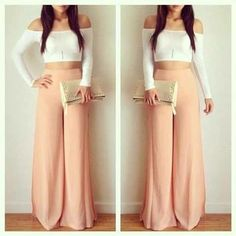 Crop top and maxi pants Source by sakshitorka outfits ombliguera Look Fashion, Fashion Outfits, Womens Fashion, Fashion Killa, Fashion Wear, Crop Top Outfits, Cute Outfits, Spring Summer Fashion, Spring Outfits