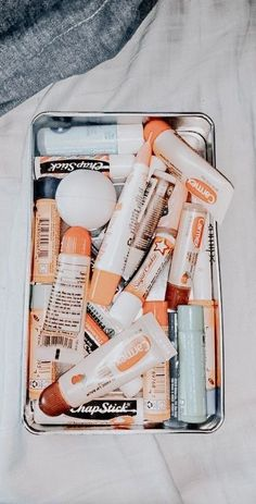 Lip Care, Face Care, Body Care, Beauty Care, Beauty Skin, Gloss Labial, Peach Aesthetic, Aesthetic Collage, Tips Belleza