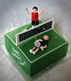 Tennis cake for some sibling rivalry - Made this for a client's son. The younger brother beat his older brother at tennis and they wanted the cake to reflect his victory. Tennis Cake, Tennis Party, Dad Birthday Cakes, Boy Birthday Parties, Rodjendanske Torte, Girly Cakes, Sibling Rivalry, Rugby, Cakes For Boys