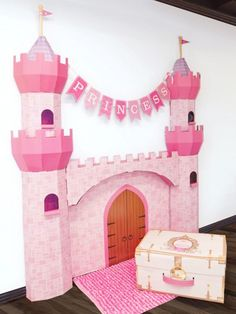 Another cardboard princess castle Disney Princess Birthday Party, Princess Theme Party, Cinderella Birthday, First Birthday Parties, 4th Birthday, Princess Party Decorations, Birthday Party Decorations, Castle Decorations, Party Centerpieces
