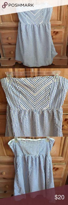 "Old Navy seersucker DRESS  Lovely strapless blue and white cotton seersucker dress.  Full skirt.  Eyelet detail on bodice. Elastic back.  Fully lined. LILLY P look for LESS!! 31.5"" from top of bodice to hem. Old Navy Dresses Strapless"