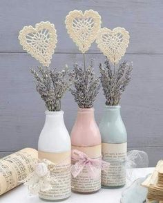 Valentine's Day Decoration - Romantic Decoration Up - Diy fashion - Valentinstag Diy Bottle, Wine Bottle Crafts, Mason Jar Crafts, Bottle Art, Mason Jars, Creative Crafts, Diy And Crafts, Yarn Crafts, Saint Valentin Diy
