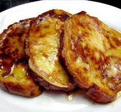 DENNY'S FRENCH TOAST!  * 4 eggs, 2/3 C whole milk, 1/3 C flour, 1/3 C sugar, 1/2 tsp vanilla, 1/4 tsp salt, 1/8 tsp cinnamon, 6 slices Texas toast thick bread, 3 T butter, powdered sugar, butter, syrup.  * Directions: Mix together the eggs, milk, flour, sugar, vanilla, salt & cinnamon. Heat a Lg skillet, or griddle. When the skillet is hot, add 1 T butter.