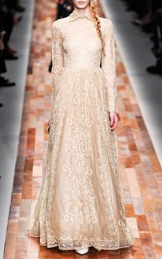 Long Sleeved Gown by Valentino for Preorder on Moda Operandi Reign Fashion, Hijab Fashion, Runway Fashion, Fashion Show, Fashion Looks, Fashion Design, Long Sleeve Gown, Glamour, Islamic Clothing
