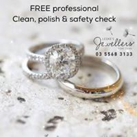 White Gold Over Cushion Cut Diamond Wedding Bridal Engagement Trio Ring Set Princess Cut Rings, Diamond Engagement Rings, Clean Gold Jewelry, Keep Jewelry, Silver Jewelry, Silver Ring, Jewelry Rings, Diy Rings, Cleaning