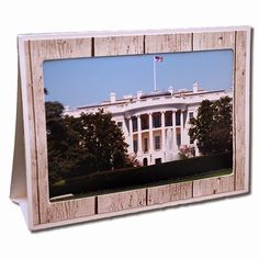 horizontal easel frame----------------------I think I'm in love with this shape from the Silhouette Online Store! 3d Craft, Craft Free, Silhouette Design, Silhouette Studio, Design Crafts, Design Projects, Silhouette Online Store, Silhouette America, Easel