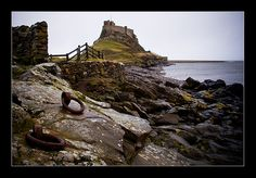 National Trust's Lindisfarne Castle on Lindisfarne or Holy Island, Berwick-upon-tweed, Nortumberland Berwick Upon Tweed, National Trust, Photography Website, My Photos, Island, Mansions, Castles, Holiday Ideas, Water