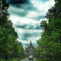 #NewJersey One summer afternoon in Duke Farms: a 2740-acre historic estate in Hillsborough New Jersey in all its verdant glory.  New Jersey USA 2015 #fcbtravel #GetThereGetLost by gettheregetlost