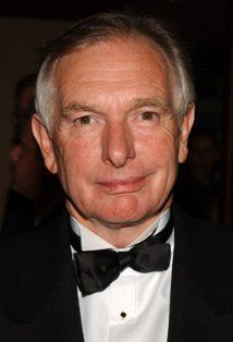 Peter Weir-Master and Commander Best Director, Film Director, Great Films, Good Movies, Lindsay Weir, Hollywood Tv Series, Years Of Living Dangerously, Peter Weir, Senior Boys