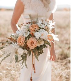 Our Favorite Bouquets from 2017 Green Wedding Shoes is part of Floral arrangements wedding - % Tan Wedding, Fall Wedding Flowers, Bridal Flowers, Flower Bouquet Wedding, Floral Wedding, Dream Wedding, Wedding Shoes, Peach Wedding Colors, Peach Weddings