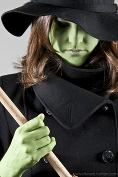 easy last minute Wicked Witch of the West | What I Wore, Halloween Costume - click thru for more photos/inspiration