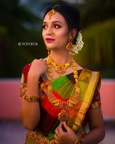 Caught between who she is and who she wants to be ! India Wedding, South India, Wedding Photos, Sari, Instagram, Fashion, Marriage Pictures, Saree, Moda