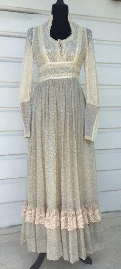 Stunning Gunne Sax maxi dress. Vintage size 9